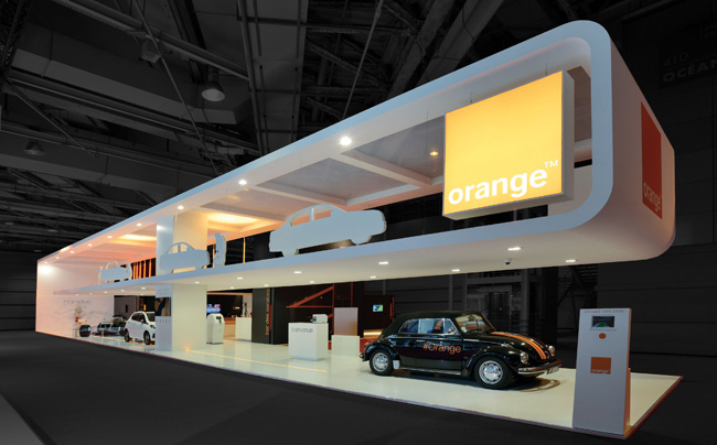 Stand Orange sur le salon mondial de l'auto, par FG Design